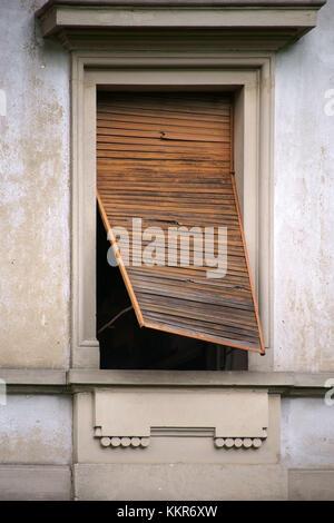 ... sfondo tavoloni  Close-up di un vecchio legno e legno sbiadito  veneziana Foto Stock 907bcf5c50d4