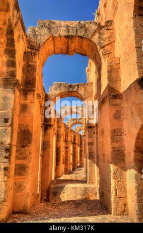 Anfiteatro romano di El Jem, un sito patrimonio mondiale dell'unesco in Tunisia Foto Stock
