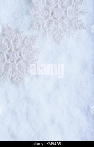 Foto Di Natale Neve Inverno 94.Due Belle Vintage Frizzante Di Fiocchi Di Neve Su Un Frost White