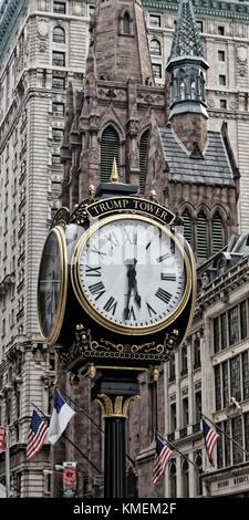 Trump Tower orologio, Fifth Avenue Presbyterian Church, 56 TH Street, Manhattan, new york Foto Stock