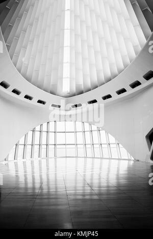 Un primo piano vista dal gheppio hall, Milwaukee Art Museum…questo squisitamente bello posto ha preso il mio fiato! Foto Stock