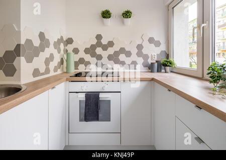Esagonale piastrelle in legno foto & immagine stock: 78462380 alamy