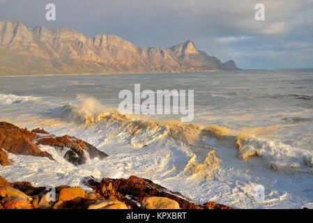 Gordons Bay nella Western Cape è uno dei luoghi più belli sulla terra vantando World Heritage Site status, con splendidi Foto Stock