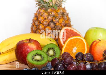 Macedonia di frutta fresca con muesli fatti in casa il for Succhi di frutta fatti in casa