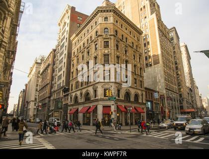 Esterno del classico NYC edifici in mattoni. La città di New York ... b6b776d558b8
