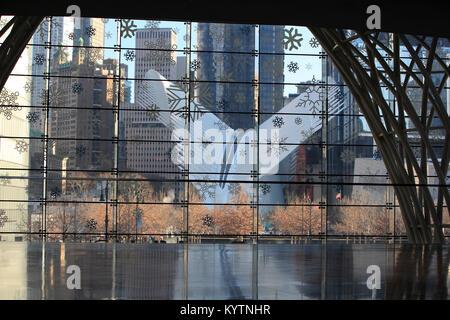 Vista dell'occhio edificio dall'interno posto Brookfield, New York City Foto Stock