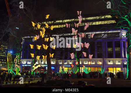 Londra, Regno Unito. 18 gennaio, 2018. La vita notturna da Jo Pocock e Lanterna Azienda nel quadrato di Leicester come parte del Lumiere London Light Festival a Londra Credito: Paul Brown/Alamy Live News Foto Stock