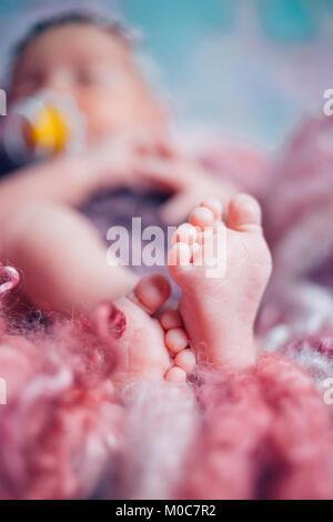 Chiudere il baby piedi dolce Foto Stock