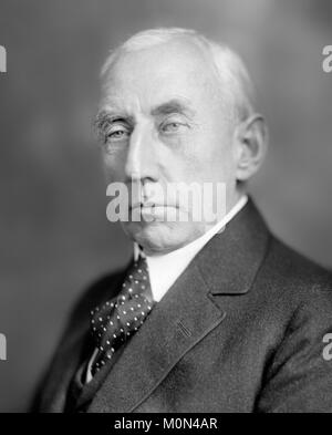 Roald Amundsen. La norvegese esploratore polare Roald Engelbregt Gravning Amundsen (1872-1928) c.1920. Foto Stock