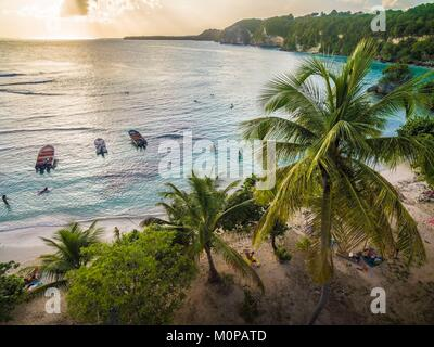 Francia,caraibi,Piccole Antille,Guadalupa,Grande-Terre,Le Gosier,vista aerea sulla spiaggia di Petit Havre (vista Foto Stock