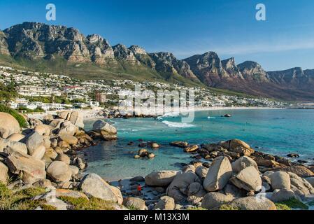 Sud Africa, Western Cape, Camps Bay, il mare Foto Stock