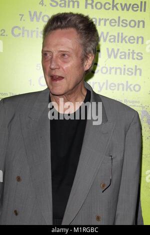 WESTWOOD, CA - 01 ottobre: Christopher Walken arriva a Los Angeles prima di 'Sanche psicopatici' a Mann Bruin Theatre Foto Stock