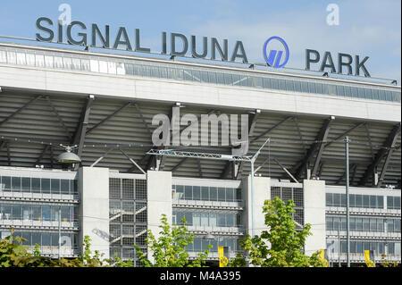 Signal Iduna Park, casa della squadra di calcio del Borussia Dortmund, di Dortmund in Renania settentrionale-Vestfalia Foto Stock