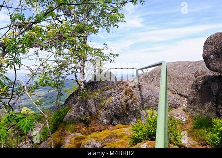 Formazione di roccia Sickenwalder Horn Bühlertal foresta nera in Germania Foto Stock