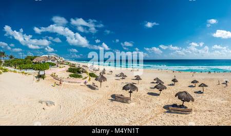 Spiaggia di Cancun panorama, Messico Foto Stock