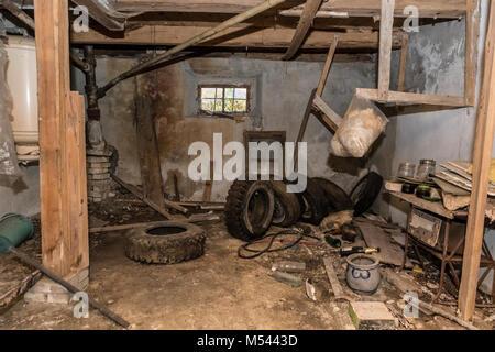 Stanza in una casa abbandonata - Hai perso il posto Foto Stock