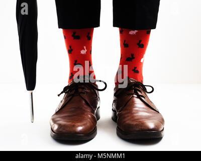 risparmi fantastici moda di lusso rilasciare informazioni su Gli uomini per le gambe in luminose, divertenti calzini e ...