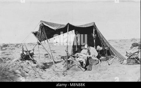 Esploratore francese Fernand Foureau durante la spedizione Foureau-Lamy in Ciad nel 1900, Immagine dal settimanale Foto Stock