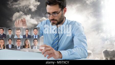 Uomo di toccare Profili ritratto di persone diverse Foto Stock