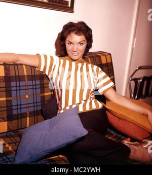 CONNIE FRANCIS cantante ed attrice cinematografica circa 1960