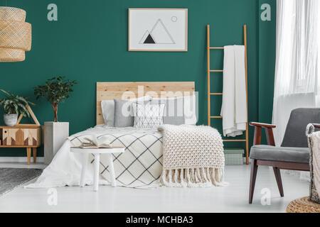 Camera Da Letto Parete Turchese : Parete verde camera da letto with parete verde camera da letto