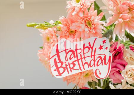 Biglietto Di Auguri Di Compleanno Con Rose E Buon Compleanno