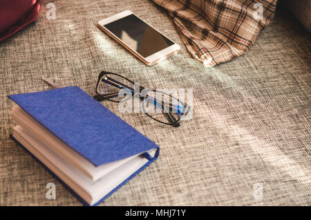 Piano b scrivere su notebook foto immagine stock for Piano aperto a forma di l