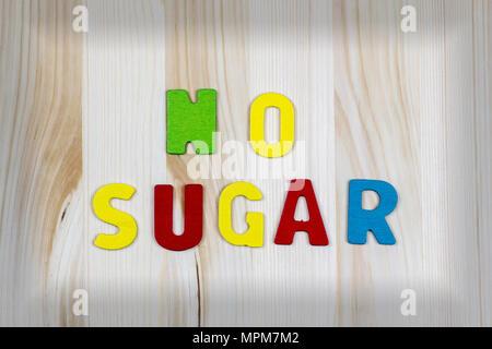Lettere Di Legno Colorate : Non lo zucchero wriiten con testo colorato lettere di legno sul