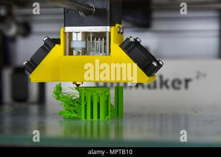 3D / tridimensionale di apparecchiature di stampa visualizzazione; Open Day presso il National Physical Laboratory (NPL), Teddington. Londra. Regno Unito. (97) Foto Stock