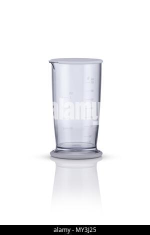 Bicchiere di misurazione su uno sfondo bianco con la riflessione. elettrodomestici per la cucina Foto Stock