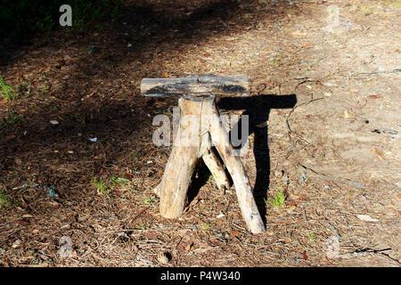 Tavoli sedie e porte in legno e resina made in italy