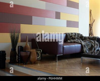 Divano Arancione E Marrone : Divani in pelle marrone con pelliccia cuscini in soggiorno moderno