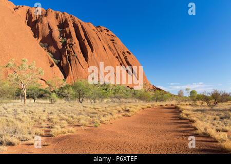 Uluru (Patrimonio Mondiale dell'UNESCO), Uluru-Kata Tjuta National Park, il Territorio del Nord, l'Australia