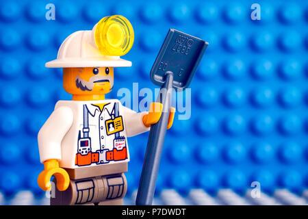 LEGO PIASTRA ala 8x8 con foro Blu ebl63