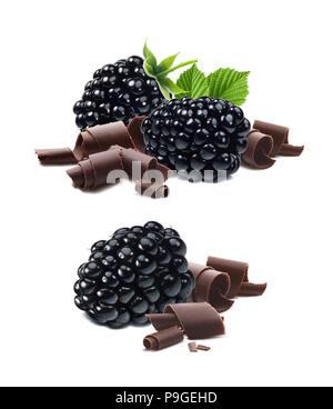 Blackberry e i riccioli di cioccolato isolato su sfondo bianco come pacchetto elemento di design Foto Stock