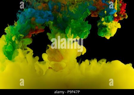 Astrazione multicolore su uno sfondo nero, studio luce Foto Stock