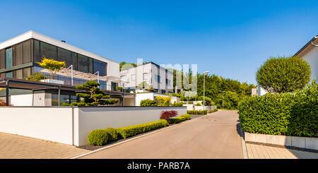 Germania, Blaustein, area di sviluppo sostenibile con case residenziali Foto Stock