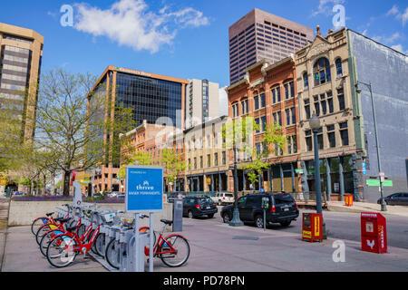 Denver, 3 maggio: il servizio di noleggio biciclette in centro il 3 maggio 2017 a Denver, in Colorado Foto Stock