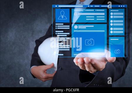 Pagina web browser di social media pagina Interfaccia VR sul computer portatile.smart ingegnere di lavoro su una nuova tecnologia.