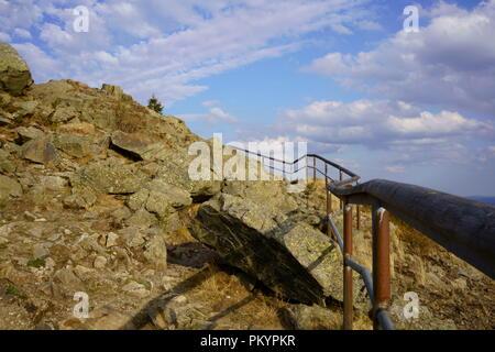 Cima di Mount Achtermann, Harz montagna nel Parco Nazionale di Harz, Bassa Sassonia, Germania. Foto Stock