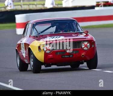 Jochen Mass, Nikolaus Ditting, Alfa Romeo Giulia Sprint GTA, St Marys trofeo, produzione automobili berlina, 1960 al 1966, Goodwood 2018, 2 settembre Foto Stock
