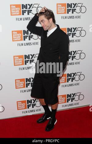 New York, Stati Uniti. 02oct, 2018. NEW YORK - Ott 2: attore Robert Pattinson assiste il 'High Life' premiere a Alice Tully Hall il 2 ottobre, 2018 nella città di New York. Credito: la foto di accesso/Alamy Live News Foto Stock