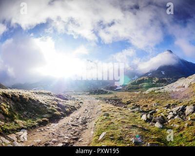 L'Italia, Lombardia, Passo Gavia, sentiero escursionistico Foto Stock