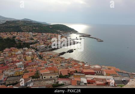 Una vista su Castelsardo Sardegna Italia
