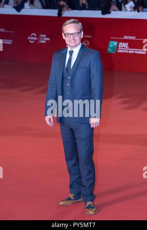 """Roma, Italia. Ottobre 24, 2018: Jon Baird a piedi un tappeto rosso del film """"tan & Ollie' a Roma Film Fest 2018. Credito: Gennaro Leonardi/Alamy Live News Foto Stock"""