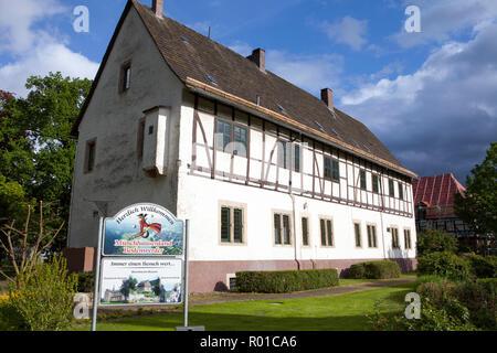 Town Hall, luogo di nascita e residenza del Barone Muenchhausen, Bodenwerder, Weserbergland, Bassa Sassonia, Germania, Europa Foto Stock