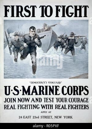 Stati Uniti Marine Corps poster di reclutamento pubblicato 1917. Dopo un lavoro di illustratore Sidney H. Riesenberg, 1885-1971. Foto Stock
