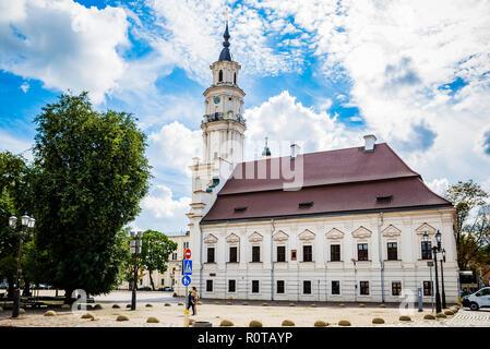 Il Municipio di Kaunas, chiamato anche il White Swan. Kaunas, Contea di Kaunas, Lituania, paesi baltici, Europa.