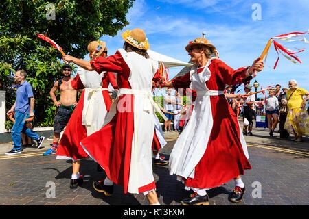 Broadstairs Settimana della Musica Folk Festival. Inglese ballerini folk 8e24d4c34dd4
