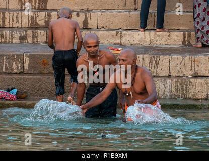 India - Varanasi, Varanasi, Uttar Pradesh, India. 31,10, 2018. Pic mostra: Varanasi è una città nel nord dello stato indiano dell'Uttar Pradesh. Considerato un Foto Stock